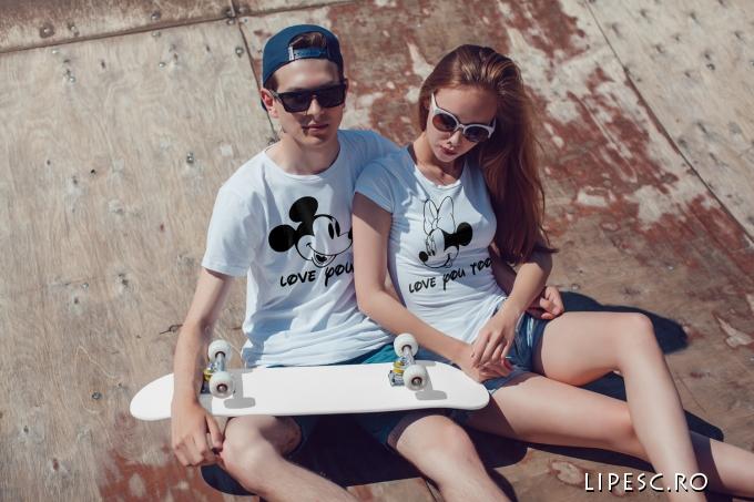 Tricouri personalizate love you